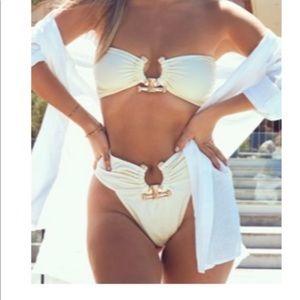 Pretty little thing, Cream Hammered Trim Bikini